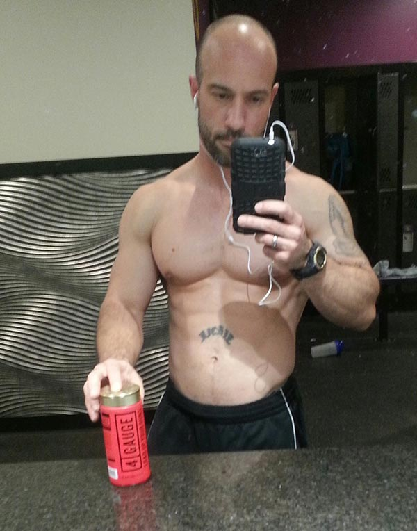 https://www.4gauge.com/4g/wp-content/uploads/2017/04/Ricky-Costa-4-Gauge.jpg
