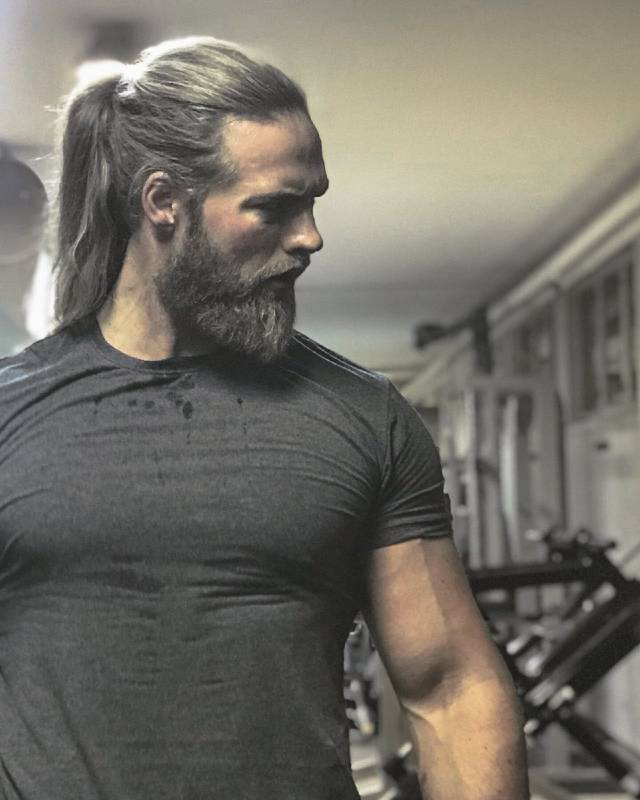Lasse Matberg in a gym.